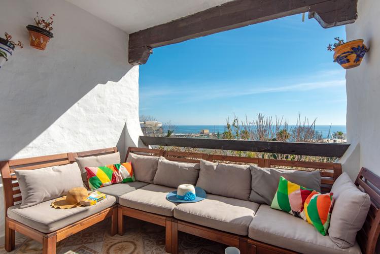 Fantastic Holiday Apartment with sea views in Torremolinos